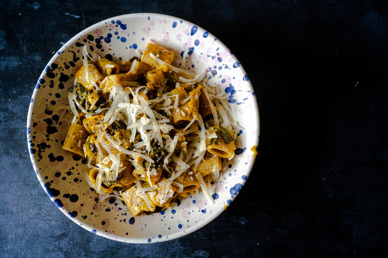 Pâtes intégrales, potimarron, poireaux et pancetta